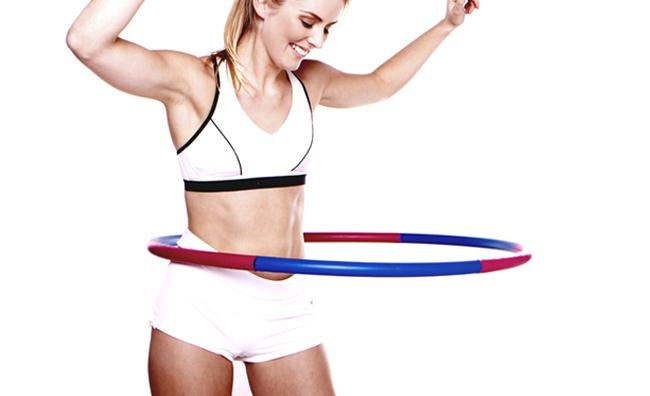 Hula hoop e tacchi alti: il fitness è divertente!