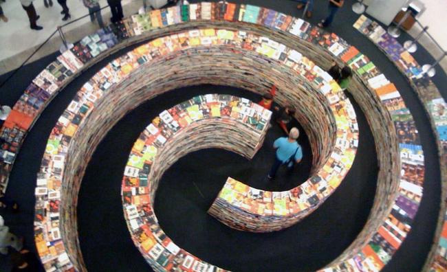 Un labirinto di libri a Londra (in occasione delle Olimpiadi)