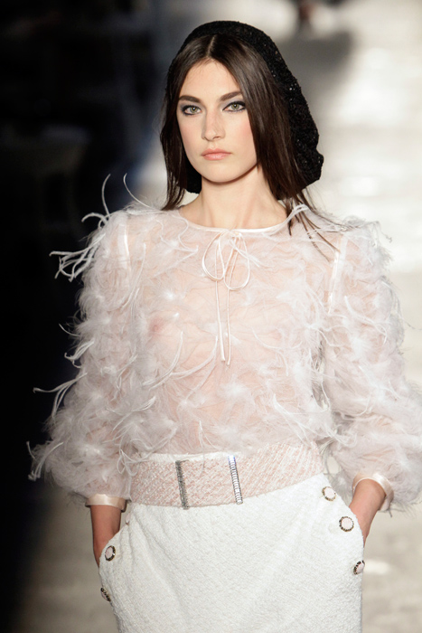 Maglietta con piume Chanel Haute Couture