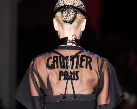 Abito con logo Jean Paul Gaultier