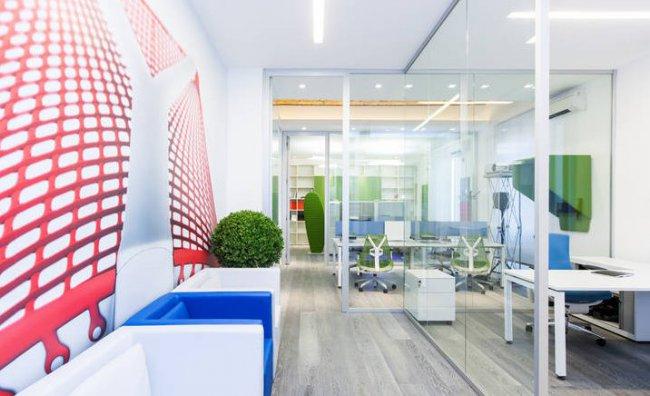 Armonia ed eco-design per un ufficio all'avanguardia