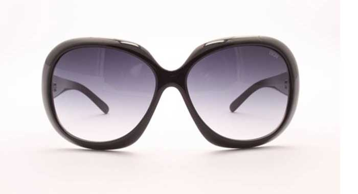 nuovo stile 44637 99f46 Sunglasses. L'estate è glam! - www.stile.it