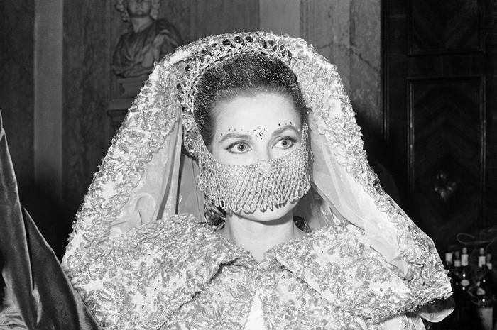 Grace Kelly ad un ballo in maschera - 1967