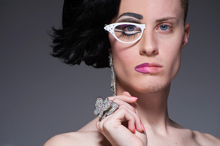 Le drag queen 'spezzate' di Leland Bobbé