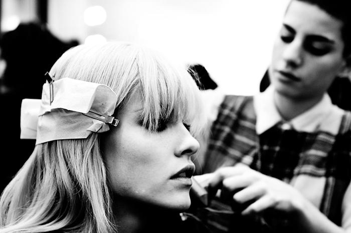 Foto modella e hair stylist