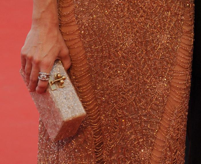 Kate Hudson e la sua pochette