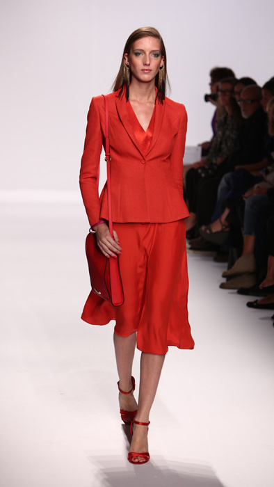 Tailleur rosso