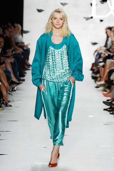 Diane von Furstenberg - Completo celeste con pantaloni