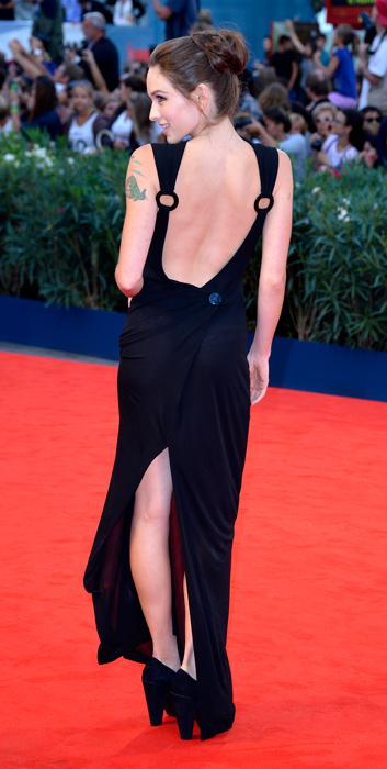 Hallie Elizabeth Newton sul red carpet