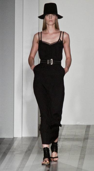 Victoria Beckham - abito lungo nero con cinturone