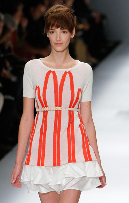 Cacharel - abito con cintura bianca
