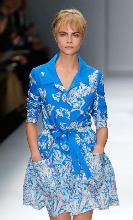 Cacharel - abito blu floreale