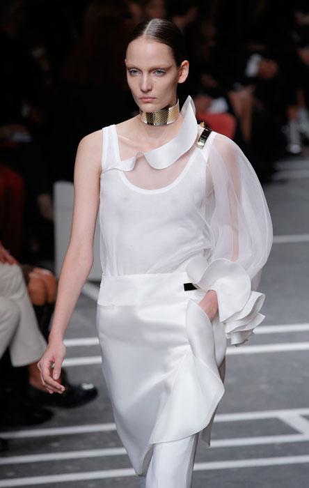 Givenchy - maglia con manica trasparente