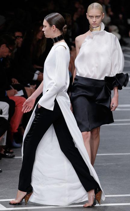 Givenchy - pantalone stretto nero