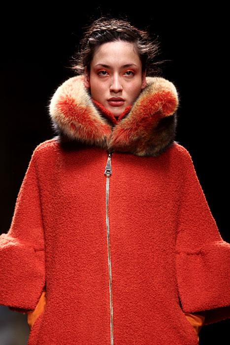 Collo in pelliccia arancio Laura Biagiotti