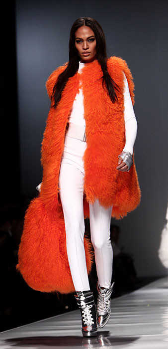Pelliccia arancio Blumarine