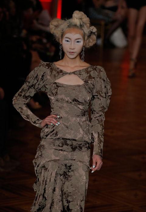 Vivienne Westwood - abito con coprispalle