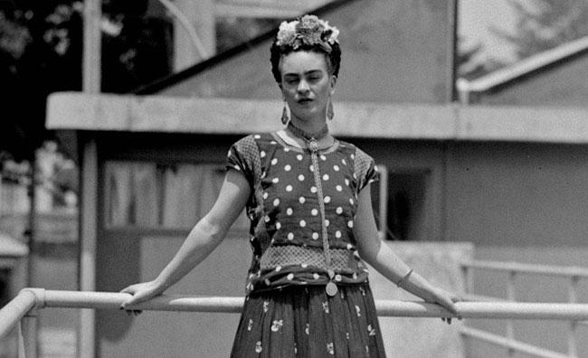 Messico, in mostra gli abiti di Frida Kahlo