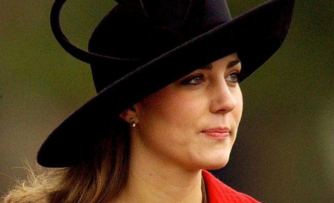 Kate Middleton riceve l'omaggio di Guccio Gucci