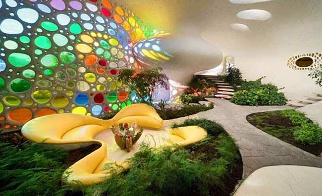 Curved Spiral Shell House Design