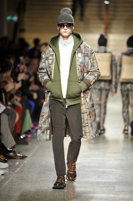 Cappotto stampato su felpa Frankie Morello