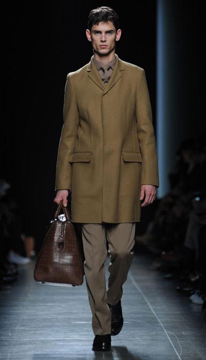 Completo con cappotto Bottega Veneta
