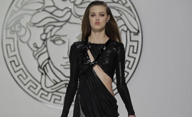Il nuovo punk secondo Versace