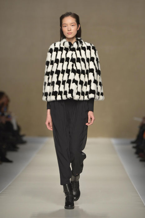 Pantaloni e giacca Blumarine
