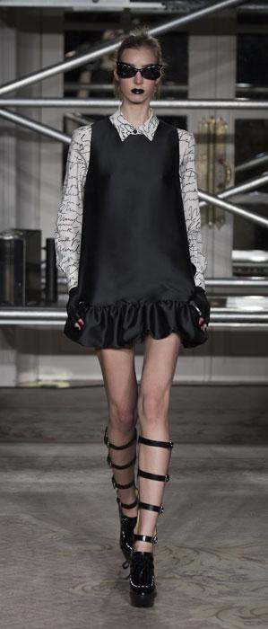 Mini dress Moschino Cheap and Chic