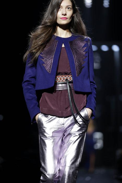 Pantaloni, blusa e giacca corta Diane Von Furstenberg