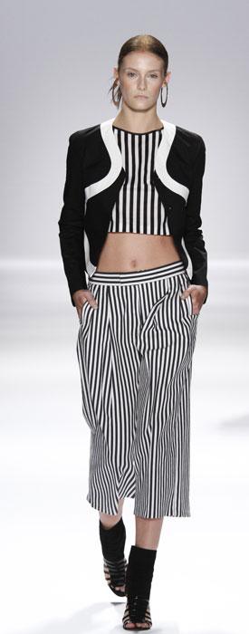 Pantaloni e top Vivienne Tam