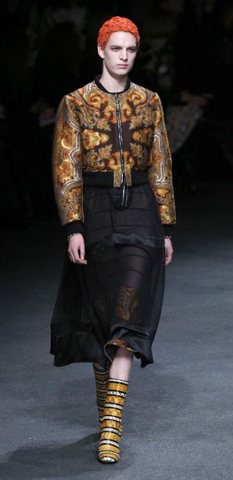 Giacca su abito Givenchy