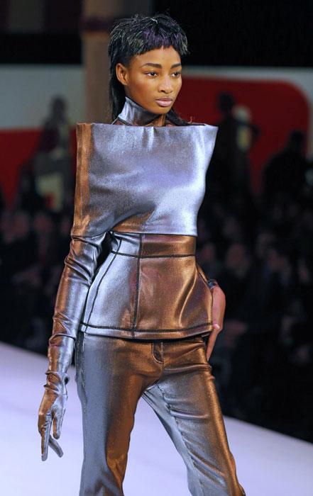 Pantaloni e maglia Jean Paul Gaultier