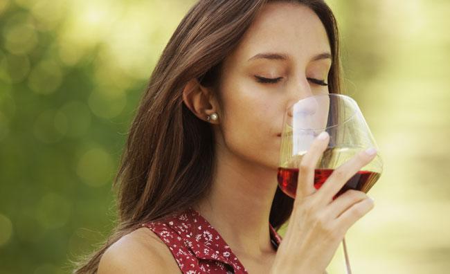 Il vino, piacere da donna