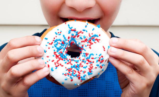 Il cibo spazzatura rende cattivi?