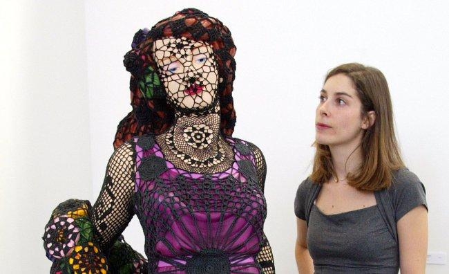 Joana Vasconcelos, colore e uncinetto per Gucci