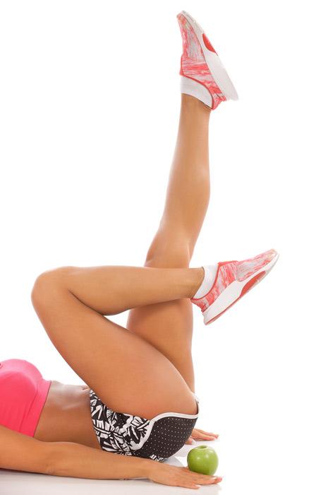 Gambe anti-gravità: gli esercizi da casa