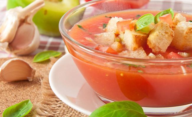 Zuppe estive: piacere e freschezza