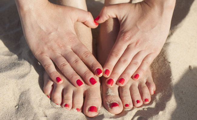 Manicure e Pedicure in spiaggia