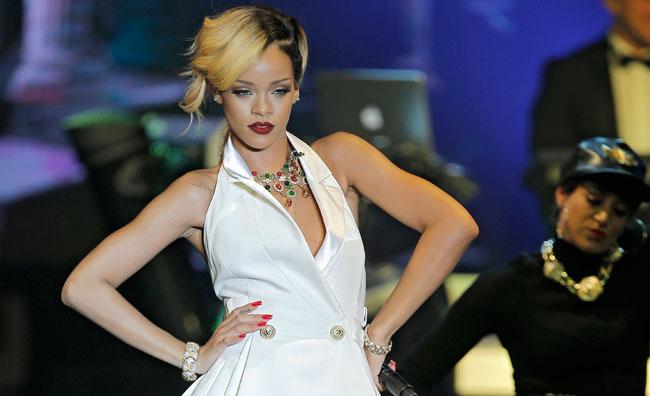 Rihanna: 3 milioni per una t-shirt