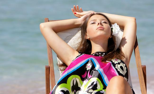 Proteggi la pelle con un olio solare hand made