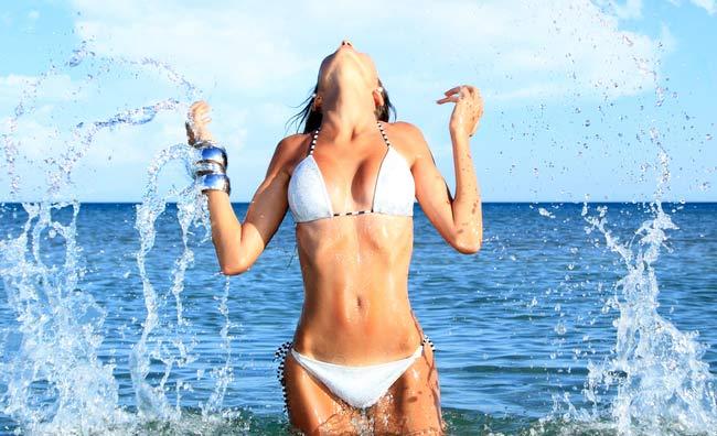 Bikini al mare
