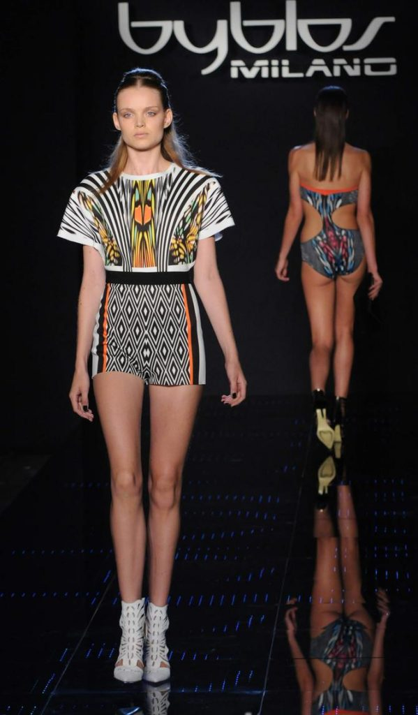 Top e shorts Byblos