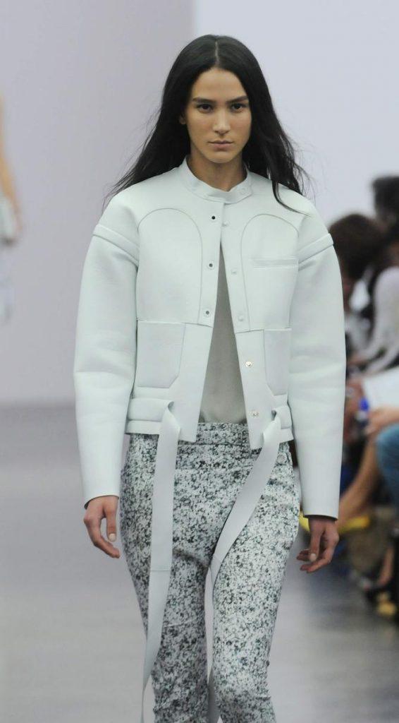 Pantaloni, giacca e top Iceberg