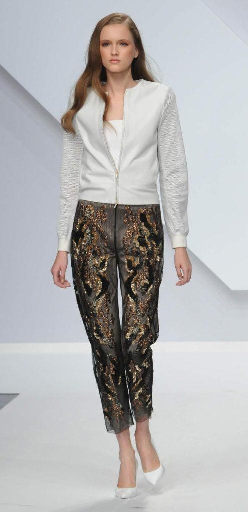 Pantaloni, giacca e top