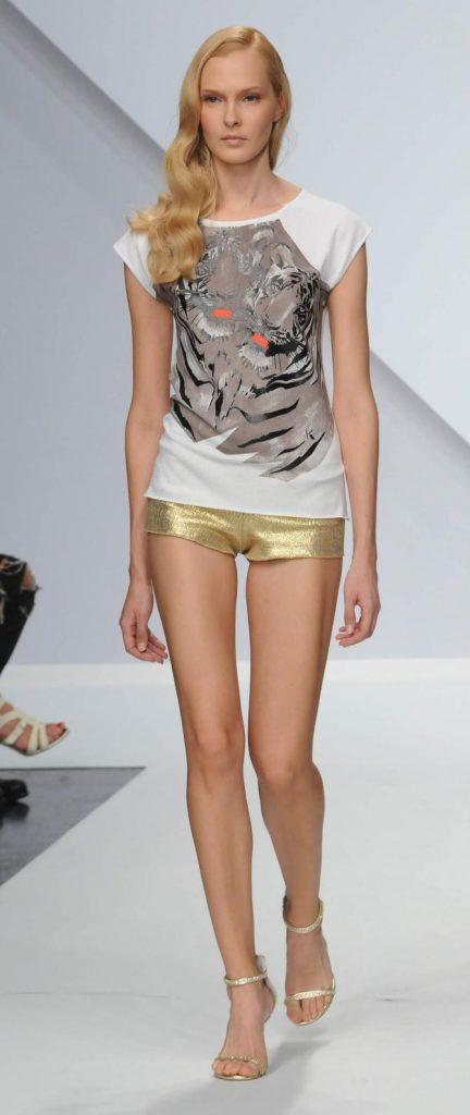 T-shirt e shorts Krizia