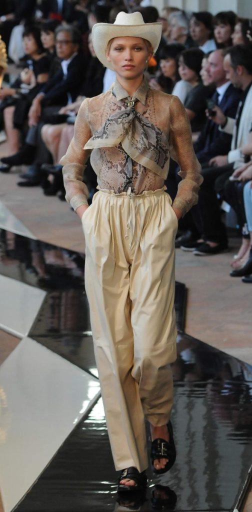 Pantaloni e blusa Trussardi