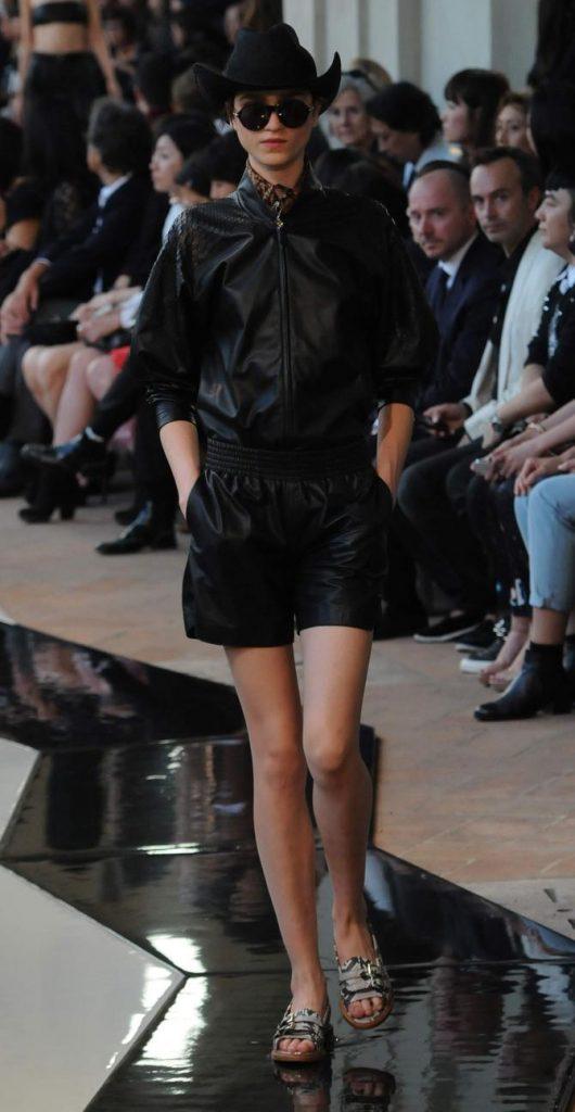 Giacca e shorts Trussardi
