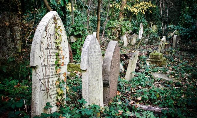 I misteri delle tombe del cimitero di Londra