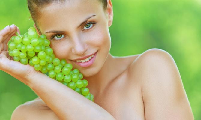 Uva, formidabile alleata di giovinezza